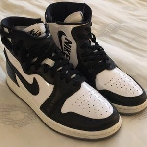 WMNS Air Jordan 1 Rebel size 8.5